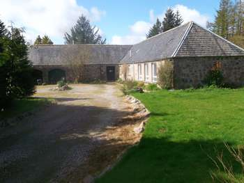 4 Bedrooms Detached House for sale in Ruallan House, Cawdor, Nairn. Outstanding Property Great Opportunity 4 Bed Former Steading - Country-side LocationExcellent opportunity for Holiday Let