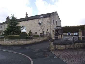 5 Bedrooms Semi Detached House for sale in Starring Way, Littleborough
