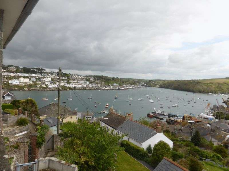 3 Bedrooms Detached House for sale in Tinkers Hill, Polruan, Fowey