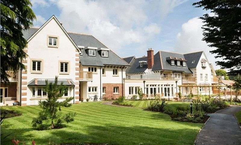 1 Bedroom Flat for sale in Beechfield Court, The Parks, Minehead: NEW HOME one bed second floor retirement apartment