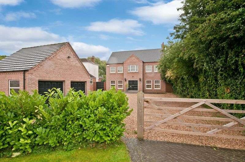 6 Bedrooms Detached House for sale in Station Road, Ulceby DN39