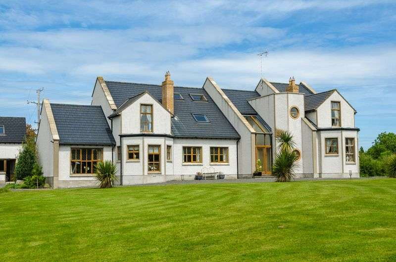 5 Bedrooms Detached House for sale in 4 Island Road, Killyleagh, BT30 9SH