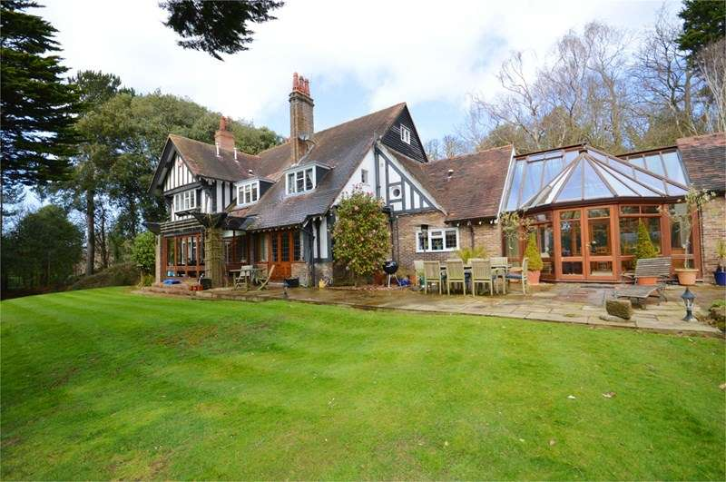 5 Bedrooms Detached House for sale in Shore Lane, Caldy