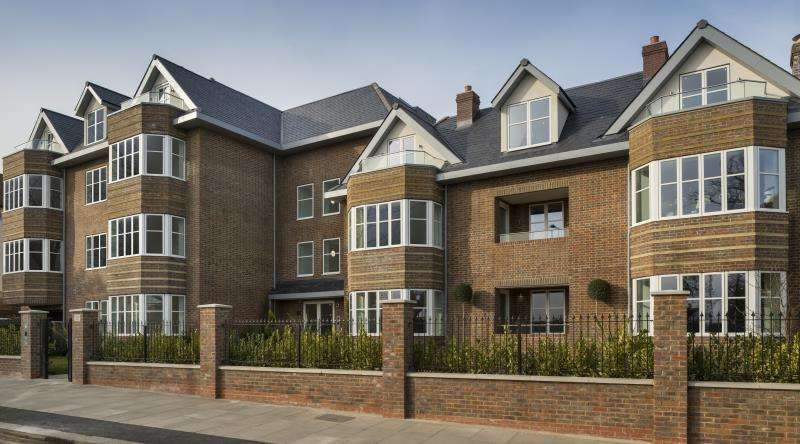 3 Bedrooms Flat for sale in Viceroy Lodge, 21 Queens Road