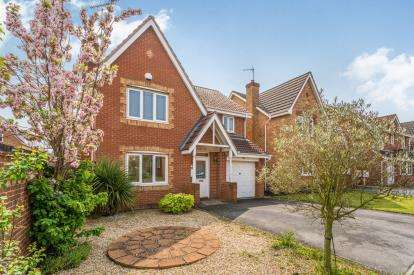 4 Bedrooms Detached House for sale in Green Approach, Carlton, Nottingham