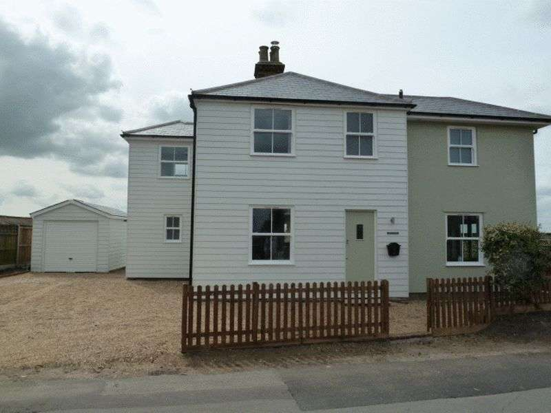 4 Bedrooms Detached House for sale in Church Road, Fingringhoe
