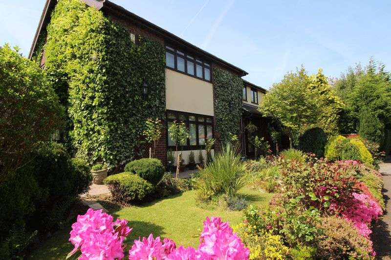 5 Bedrooms Detached House for sale in Christopher Drive, Wirral