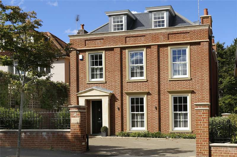 5 Bedrooms Detached House for sale in Lancaster Gardens, London, SW19
