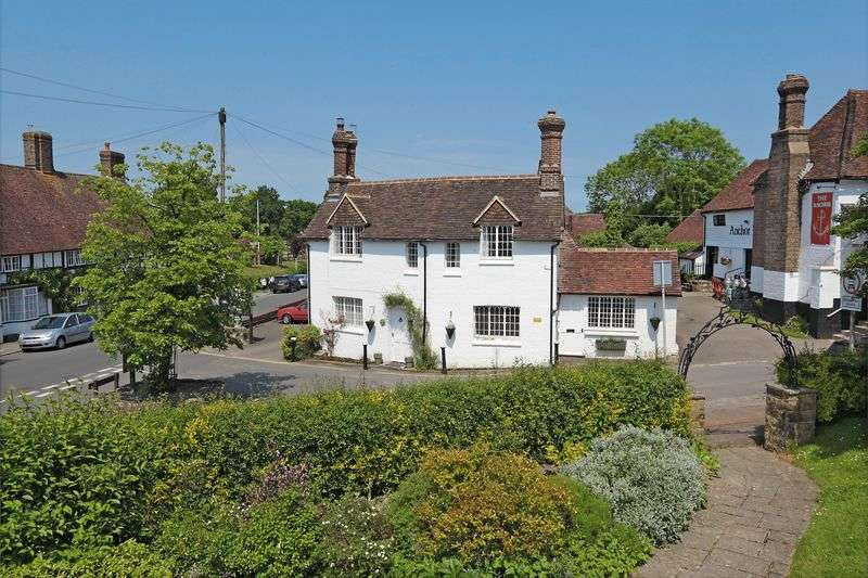 3 Bedrooms Detached House for sale in Church Street, Hartfield, East Sussex