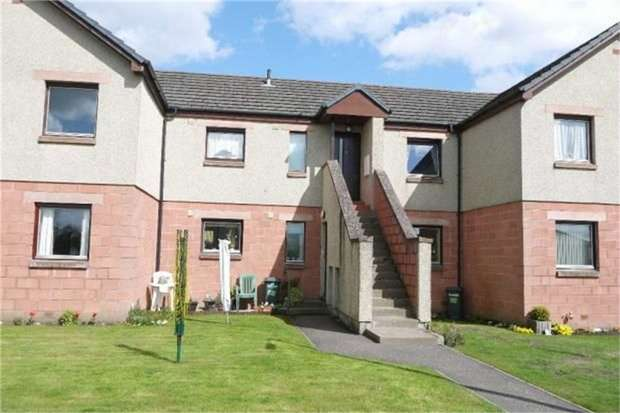 2 Bedrooms Flat for sale in Roods Place, Kirriemuir, Angus