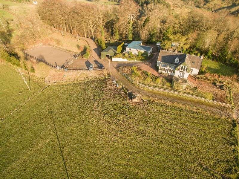 4 Bedrooms Detached House for sale in New Park Farm, Braidwood