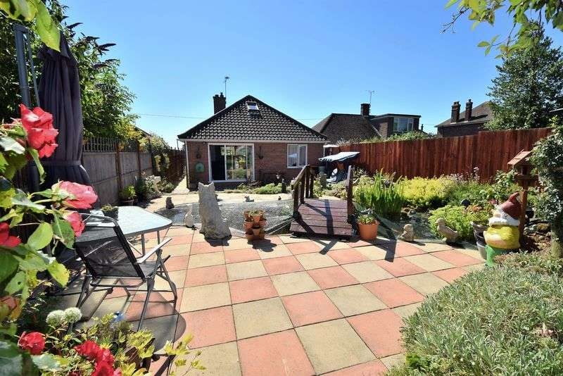 3 Bedrooms Detached House for sale in Leighton Road, Toddington