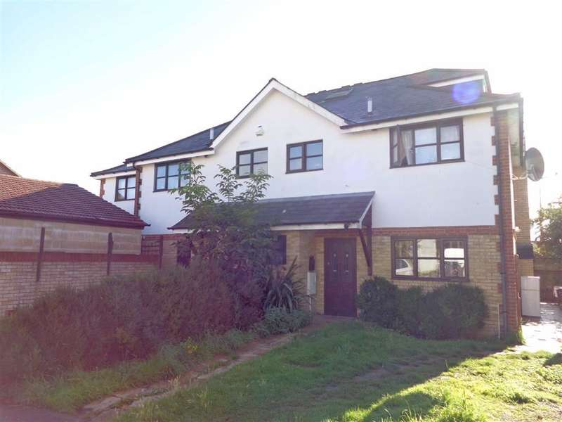 4 Bedrooms Property for sale in Bodicea Mews, Hounslow