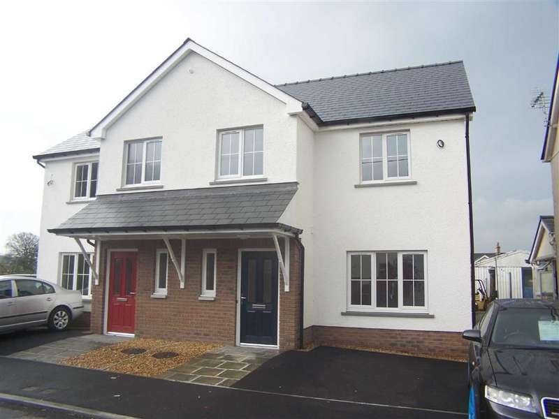3 Bedrooms Property for sale in Midland, Llanybydder