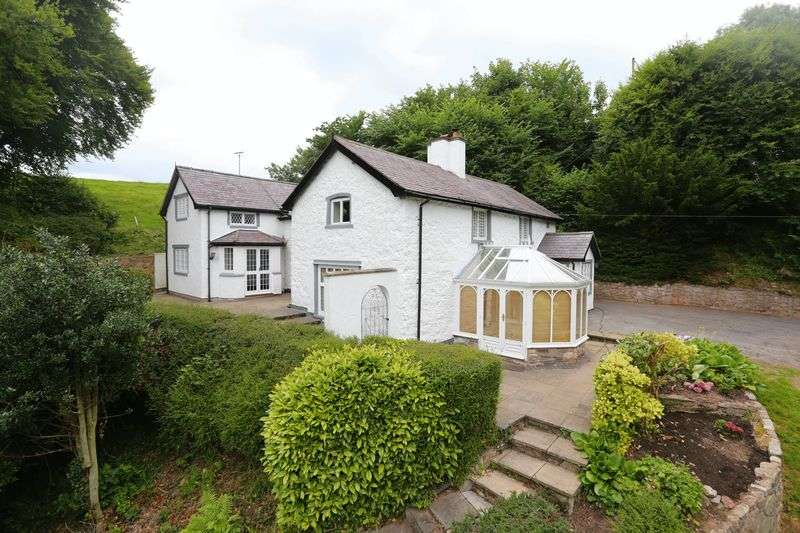 4 Bedrooms Cottage House for sale in Lon Cae Glas, Ruthin