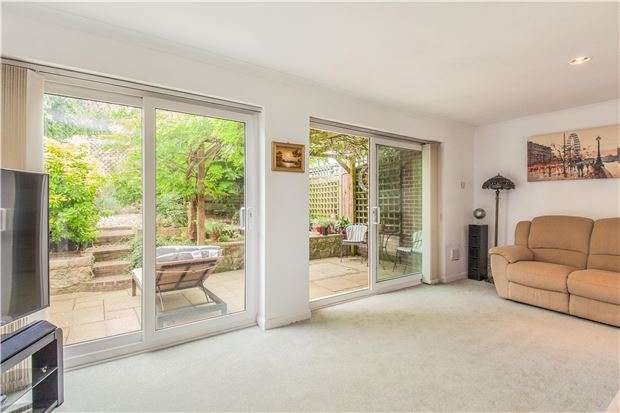 4 Bedrooms Detached House for sale in Springwood Drive, Bristol, BS10 7PU