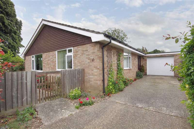 3 Bedrooms Bungalow for sale in Barlows Lane, Andover