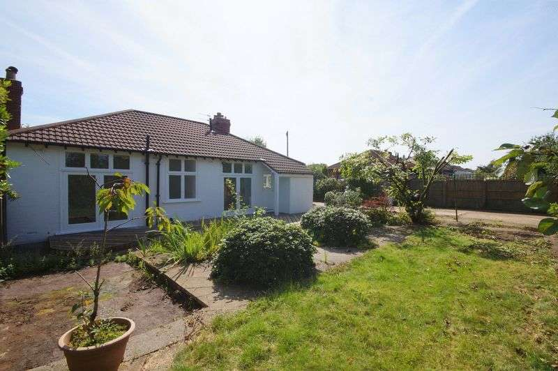 3 Bedrooms Detached Bungalow for sale in Rob Lane, Newton-Le-Willows