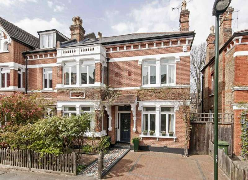 5 Bedrooms Semi Detached House for sale in St Stephens Gardens, St. Margarets