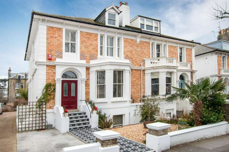 5 Bedrooms House for sale in Denmark Villas, Hove, East Sussex, BN3