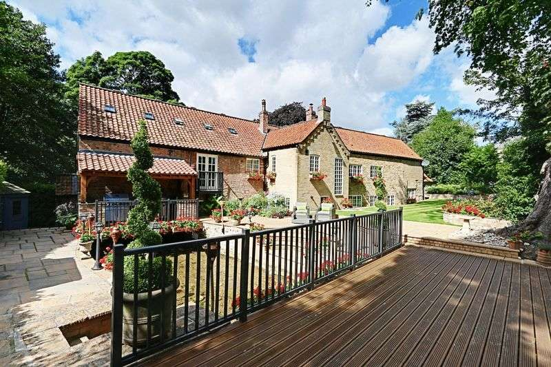 5 Bedrooms Detached House for sale in Mill Lane, North Cave