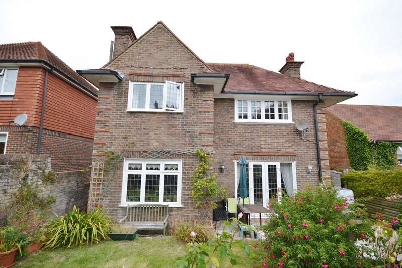 4 Bedrooms House for sale in Kings Avenue, Eastbourne, BN21