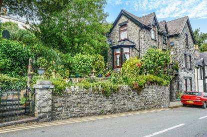 3 Bedrooms Detached House for sale in Rose Hill, Trefriw, Conwy, North Wales, LL27