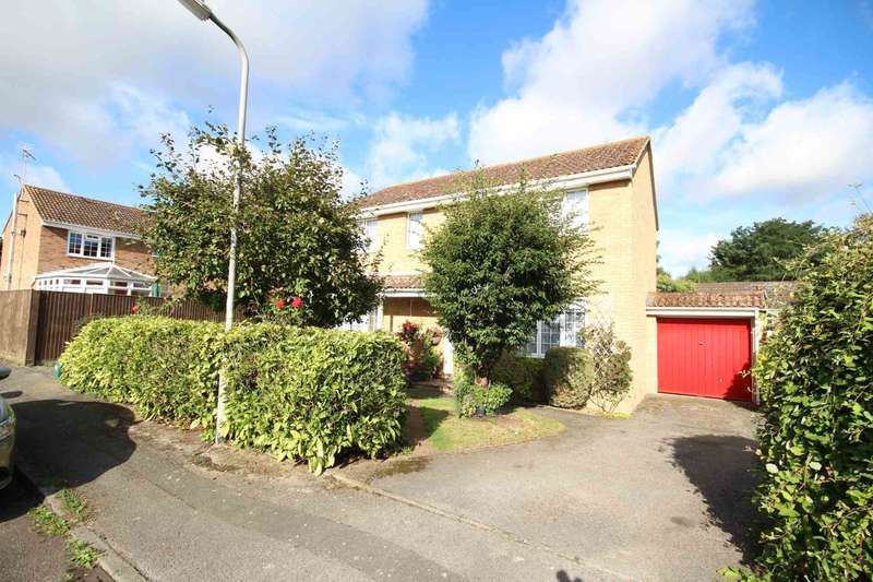 4 Bedrooms Detached House for sale in Gogh Road, Aylesbury