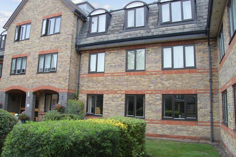 2 Bedrooms Retirement Property for sale in Ash Grove, Burwell, CB25 0DS
