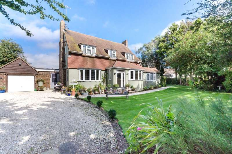 5 Bedrooms Detached House for sale in Elm Grove, Lancing, West Sussex, BN15