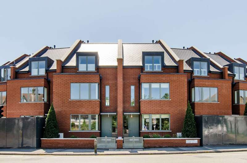4 Bedrooms House for sale in Park, Raynes Park, SW20