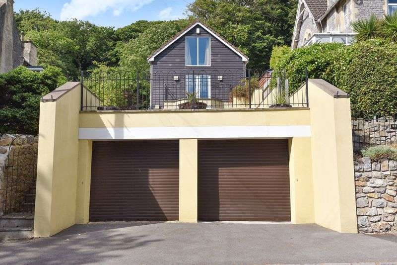 5 Bedrooms Detached House for sale in Cecil Road, BS23 2NG
