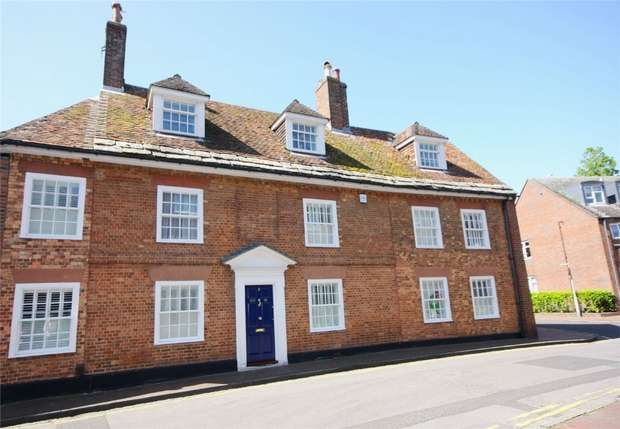 5 Bedrooms Semi Detached House for sale in New Street, Poole, Dorset