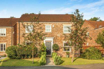 4 Bedrooms Detached House for sale in Derby Way, Colburn, Catterick Garrison, North Yorkshire