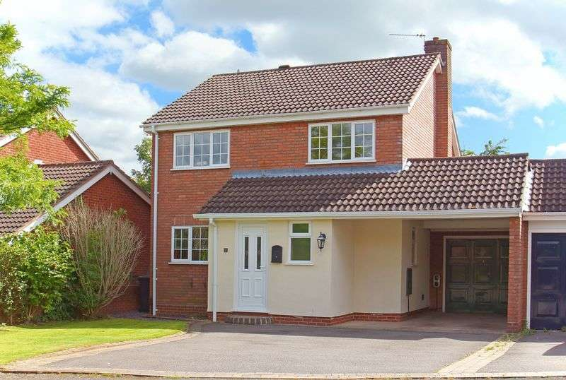 4 Bedrooms Detached House for sale in Kempsford Close, Oakenshaw South, Redditch, Worcestershire