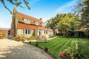 5 Bedrooms Detached House for sale in Elm Grove, Lancing, West Sussex