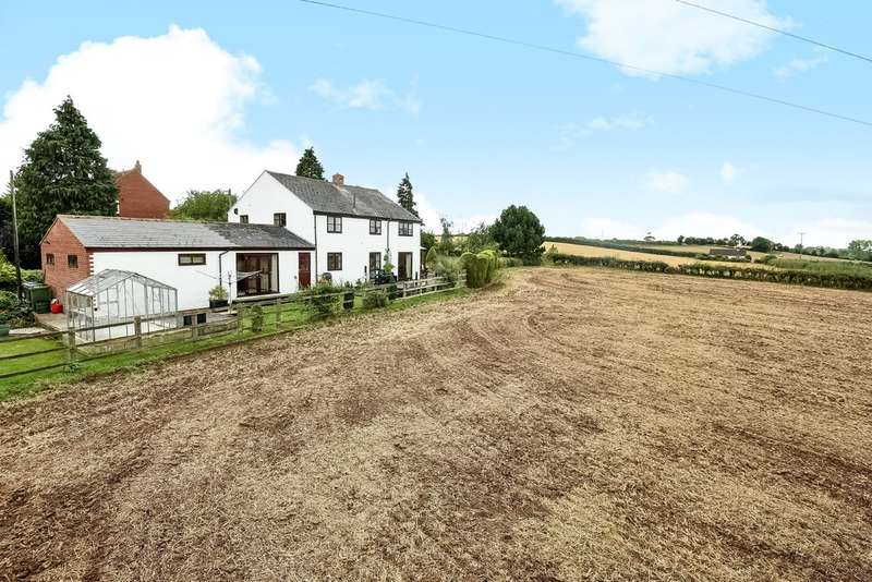 4 Bedrooms Detached House for sale in Chelt Tewks Gloucester