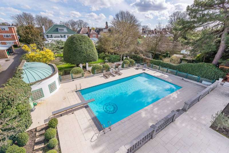 Detached house in  Hartington Road  Chiswick  W4  Chiswick