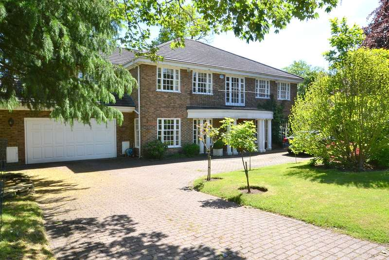 Detached house in  Ince Road  Hersham  KT12  Richmond