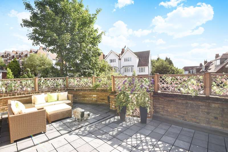 Flat in  Fawley Road  Hampstead  NW6  Richmond