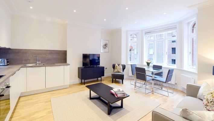 Flat in  Hamlet Gardens  London  W6  Richmond