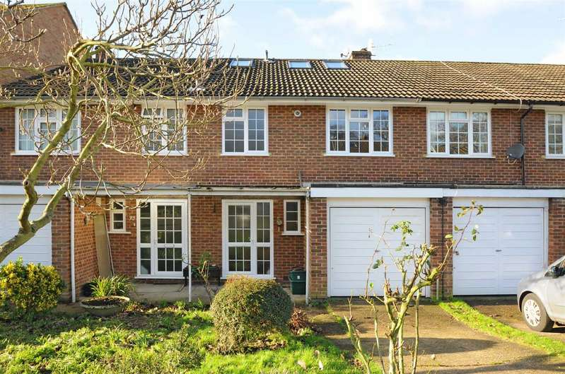 Detached house in  Wingfield Road  Ham  Kingston Upon Thames  KT2  Richmond